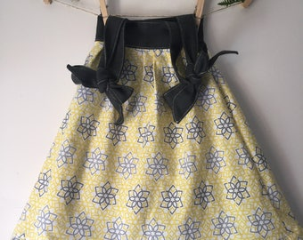 Size 1 Yellow and Gray Girls Tie Up Sundress