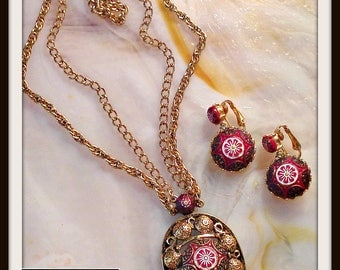 Vintage  Gold Red Black Moroccan Necklace Earrings Demi Parure Set Celebrity FREE SHIPPING