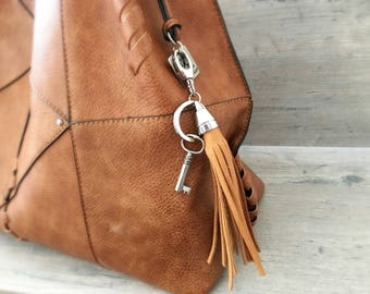 Leather fringe keyring - purse accessory - tassel - key ring