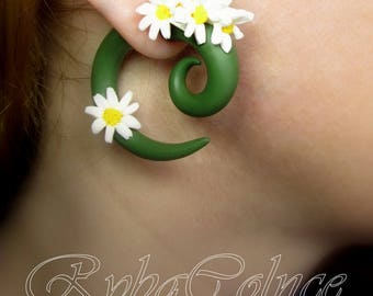 The Chamomile Fake ear gauge / Faux gauge/Gauge earrings / fake piercing