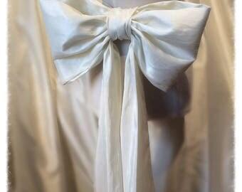 Extra Large Ivory Taffeta Bridal Sash Bow