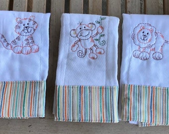 Custom burp cloth, Jungle safari animal baby gift, Customized burp cloth, Embroidered spit wipe, Personalized burp cloth, Baby shower gift,