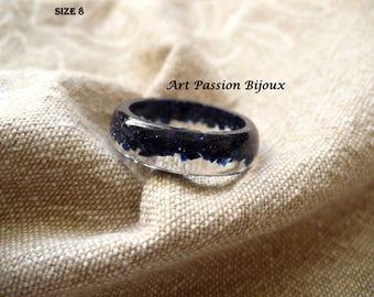 Blue goldstone ring, resin ring, gemstone jewelry, goldstone flakes, ecological resin ring, dark blue ring, sparkle ring, 15 off ship