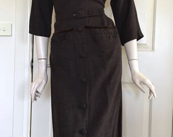ON SALE Classic 50s Brown Day Dress with Large Pockets  / Bombshell / Large / Wiggle
