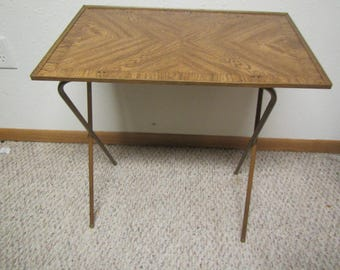 vintage TV Tray *  folding table tray* Wood grain  Design * TV table