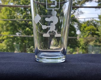 Game and Watch 9 Etched Pint Glass