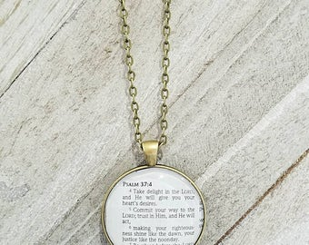 Psalm 37:4-7/Vintage Necklace Pendant/Gift for Her/Gift for mom/Gift for Wife/Christian Jewelry/Vintage Jewelry/Custom Jewelry