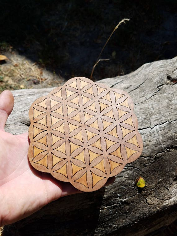Flower Of Life Reclaimed Wood Crystal Grid - Red Alder in TanOak - Native NorCal Wood