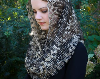 Evintage Veils~ Stella Maris Gold/Black  OR Gold/Ivory Embroidered  Traditional Vintage Inspired Infinity Shape Mantilla Chapel Veil