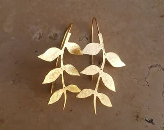 Gold leaf branch earrings, gold leaves earrings, wedding gold earrings, wedding dangle earrings, gold bridal earrings, romantic earrings