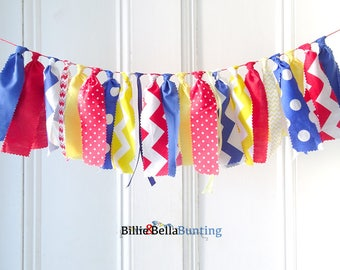 Carnival theme party, Circus themed party decorations, circus birthday, baby shower, rag tie garland, carnival birthday, photo prop,backdrop