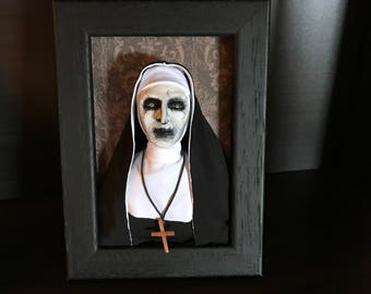 Valak The Nun Doll Diorama The conjuring