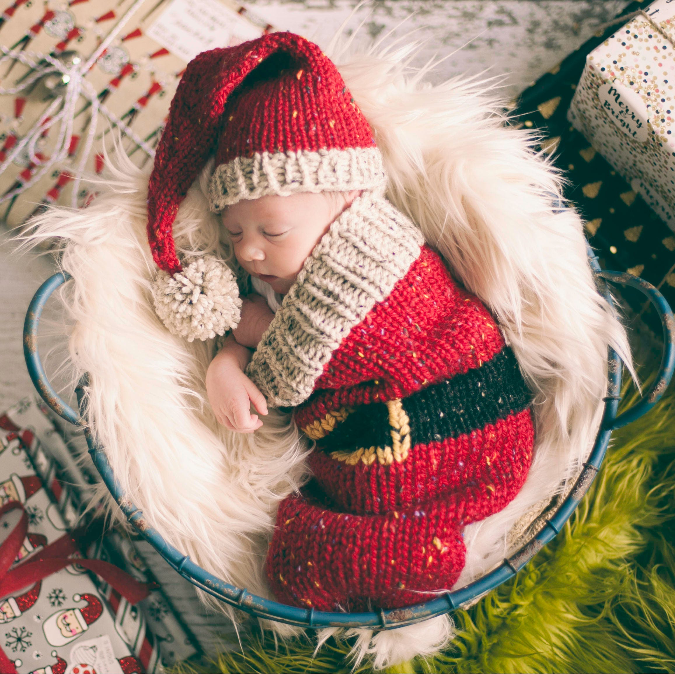 Loom knit santa christmas cocoon and santa hat pattern make this this is a digital file bankloansurffo Images