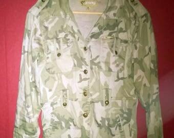 Vintage 1990s Jacket Camo Armystyle Jacket Slimfit VINTAGE 1990s JACKET Army Camoflage Womens jacket button up SlimFit Size S