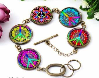 Peace Bracelet, Anti-War Jewelry, Retro Sixties Jewelry, Colorful Peace Signs, Hippie, Boho, Silver Charm bracelet, peace symbol gift