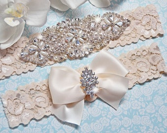 Wedding Garter, Bridal Garter, Garter Set - Crystal Rhinestone & Pearls - Style G5001Ivo