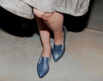 Blue Leather Shoes / Women Shoes / Every Day Loafers / Snake Skin Texture Leather Shoes / Comfortable Shoes / Wooden Heels Shoes - Lexie