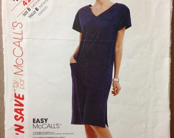 McCalls 4285 - Easy to Sew Shift Style Dress with V Neckline and Patch Pocket - Size Medium Large