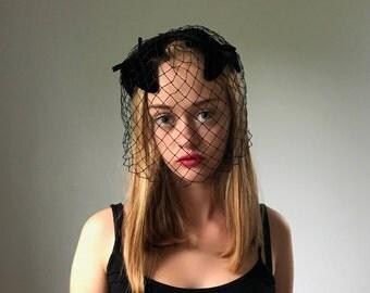 Vintage 50's Black Velvet Fascinator Hat