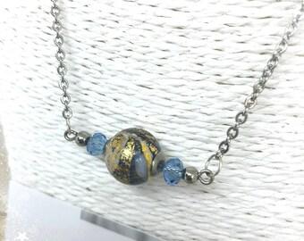Collier avec véritable perle de Murano Bleu lavande et Or