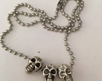 Silver Party Skull Necklace