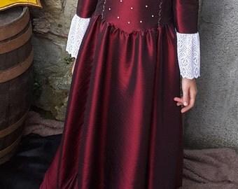 Princess lace dress