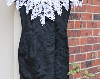 Scott McClintock Vintage Retro 1980s 1990s Black Floral Dress with White Lace Off the Shoulder Size 6