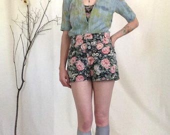 High Waisted Shorts, Size 6 7 8, Floral Print, 90s Shorts, Flower Shorts, Floral Shorts, Floral Print Shorts, Printed Shorts, High Waisted