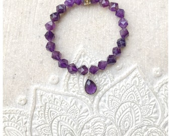 Beautiful Amethys star nugget bracelet with a faceted Amethyst teardrop charm.