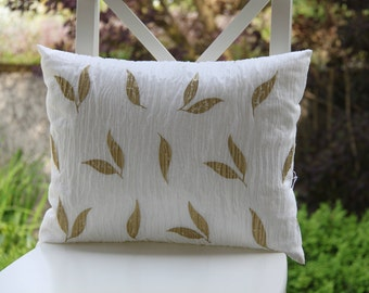 Home Decor Pillows, WHITE and GOLD Decorative Pillows, Exclusive Decorative Pillows, GOLD and White Accent Pillows, Gold and White Pillows