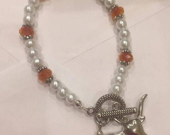 Texas longhorn steer or cows head charm 6mm pearl and crystal bracelet, Texas Orange, School, show your Texas spirit!!