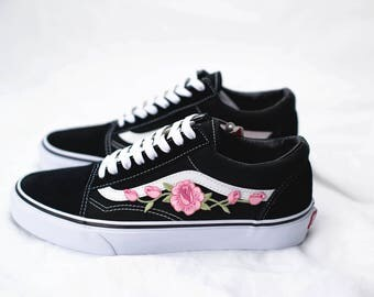 Vans Old Skool Custom - 'Rose Patch' - EUR 34.5 - 47 Unisex - Rosa Rosen Stickerei Sk8 Hi Sneaker Tommy Hilfiger Ralph Lauren Gucci