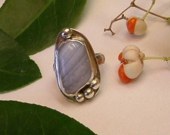 Lavender and White Striped Agate (ooak) in Fine Sterling Silver Size 6 3/4  341B