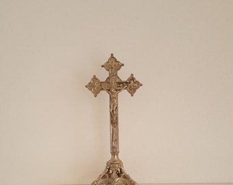"""15.1"""" Antique Silvered French Religious Metal Altar Crucifix Jesus Christ Baroque Standing Cross."""
