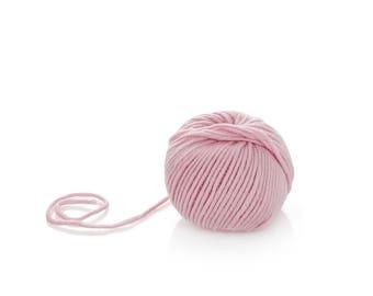 Baby Pink Merino Yarn - Superwash Merino Yarn - Wool Yarn Aran - Pure Wool Merino Yarn - Worsted Wool Yarn -Winter Wool Yarn - Worsted Yarn