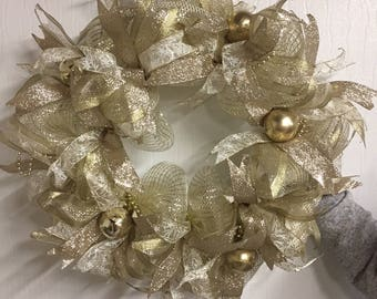 Champagne Toast Wreath