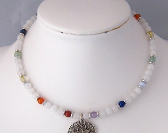 Cable necklace in jade, 7 chakra stones and tree of life pendant