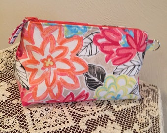 Essential Oils (Bag Only) Oily Bag Holds 14 Bottles Cushioned, secure. Transport Oils. Cosmetic Bag.