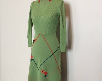 Vintage 70s Green Knit Embroidered Dress