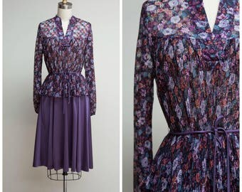 Vintage 1970s Dress • Virginia May • Purple Floral Jersey 70s Day Dress Size Medium