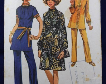 1970's Woman's Dress, Tunic & Trousers Sewing Pattern in Size 12 - Simplicity 9085