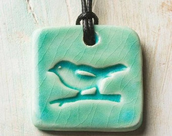 Essential Oil Necklace/Ceramic/Comes with 100% Pure Lavender Oil/Ceramic Jewelry/Bird Necklace