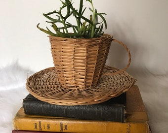 Vintage Wicker Cup/Plant Holder/Basket
