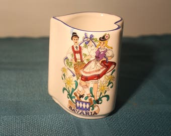 Reutter Porzellan Heart Shaped Vase