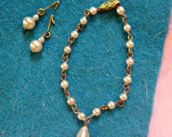 Pretty *Drop PEARL NECKLACE & EARRINGS Set* Vintage Fashion Doll Jewelry 40's 50's