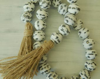 Chippy wood bead garland with double jute tassel, jewelry for the home, distressed garland, farmhouse beads, farmhouse swag, rustic decor