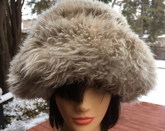 Vintage Faux Fur Leather Lined Winter Hat Retro Warm Furry Hat Fake Fur Hat