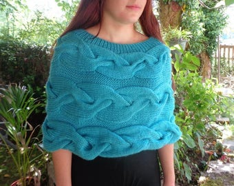 Teal cabled poncho, teal blue poncho, teal poncho, acrylic blue poncho, cosy poncho, turquoise shrug, light blue capelet, teal capelet
