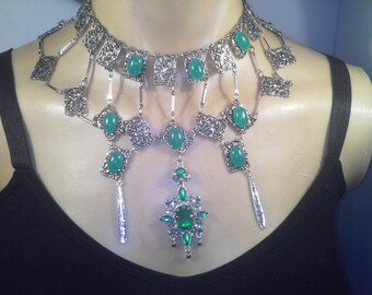 Green and silver Cleopatra necklace