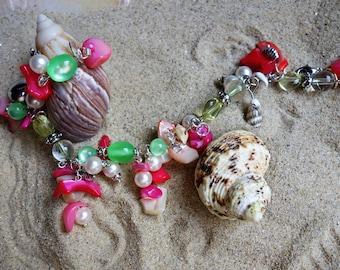 bracelet chains: the SeaWorld Mermaid